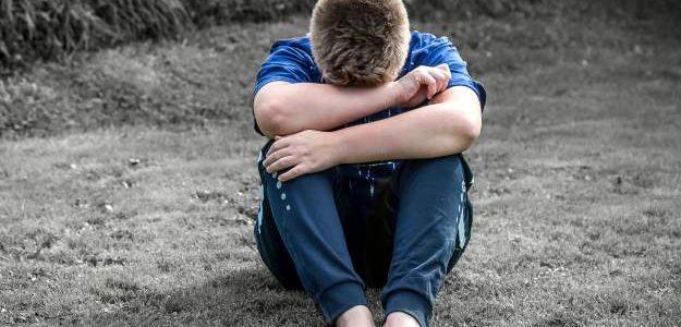 11-vuotias menetti parhaan ystävänsä, koska hän on homo